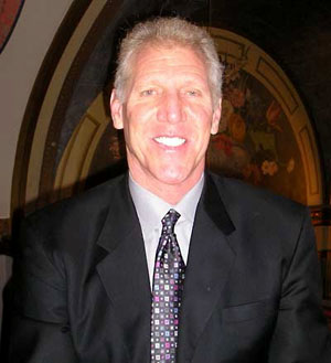 Hire Bill Walton for an event.