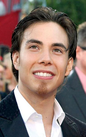Hire Apolo Ohno for an event.