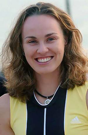Hire Martina Hingis for an event.