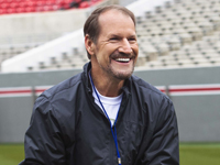 Hire Bill Cowher for an event.