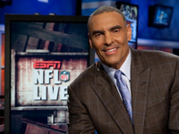 Hire Herm Edwards for an event.
